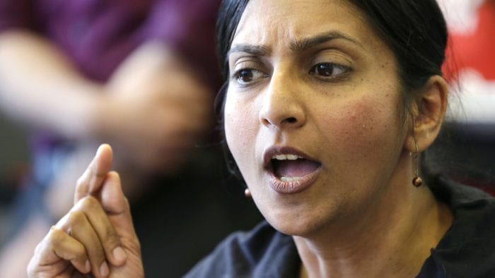 Jay Inslee will take on Trump, but he's scared of Sawant?